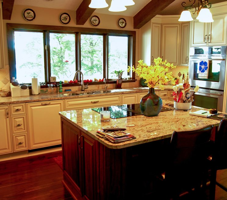 custom kitchen island cabinetry