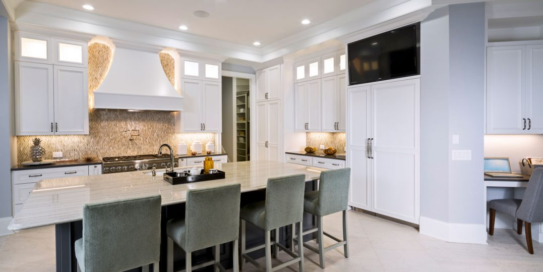 Beautiful Full Custom Kitchen